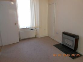 ONE BEDROOM UNFURNISHED GROUND FLOOR FLAT CLOSE TO UNIVERSITY OF ABERDEEN - ES312