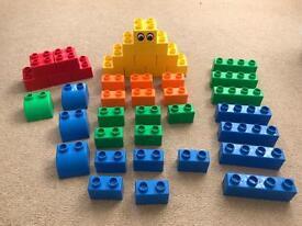 41 Lego Quatro pieces (2x bigger than Duplo)