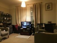 One bedroom large flat with Balcony/Patio , West Hampstead Border Mapesbury, London