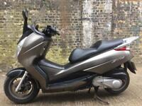 FULLY WORKING 2008 Honda FES S-Wing 125cc scooter125 cc learner legal. Has MOT.
