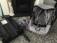 Recaro baby car seat and isofix base