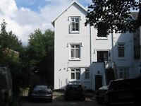 L18 2EX Dudlow Lane. Two Double rooms available. Fantastic Location nr Allerton rd and Calderstones