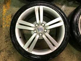 Seat Leon fr alloy anybody selling one