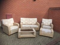 RATTAN 5 PIECE CONSERVATORY FURNITURE SET - CREAM LEAF FABRIC - EXCELLENT CONDITION