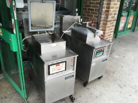 SERVICED GAS HENNY PENNY PRESSURE COOKER MACHINE FRIED CHICKEN SHOP KITCHEN CATERING COMMERCIAL BAR