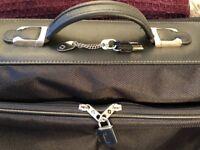 Samsonite HYANNIS Black Garment/Suit Carrier