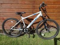Apollo Phaze bike, 26 inch wheels, 18 gears, 17 inch aluminium frame, front suspension