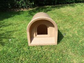 Plastic Outdoor Kennel (50cmx40cmx41cm)