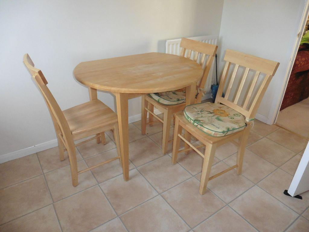 Marks and spencer wooden kitchen table with four chairs for Kitchen table for 4