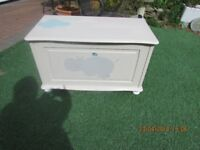 Storage Box/Ottaman/Toy Box