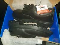 Pro man safety boots brand new
