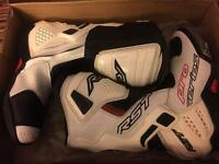 RST Pro series race boots