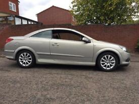 Astra Twintop convertible 1.9L tdi Sport offers welcome