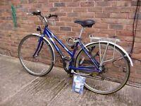 Ladies Raleigh Pioneer 120 Bike, fully equipped