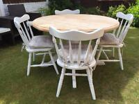 Gorgeous Shabby Chic Extending Pine Table and 4 Chairs With Laura Ashley Cushions