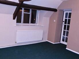 Spacious One Bedroom Flat in the Heart of Cirencester