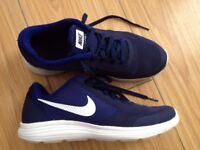 Nike Revolution 3 Dark Blue and White Size 5.5 trainers.