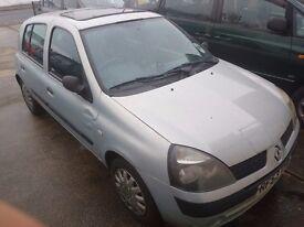 Renault Clio 1.2 16 value 2003