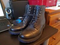 Brand New Mens CAMPER Boots Sized 9