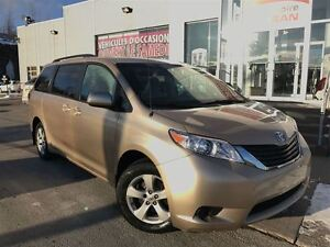2011 Toyota Sienna * LE * 7 PASS * MAGS * IMPECCABLE *