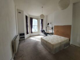 (Oberstein rd) clean well-presented all-inclusive large dbl room 3 min from Clapham Junction