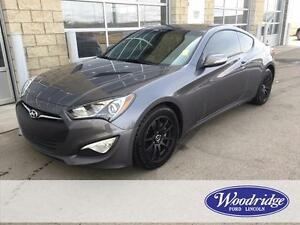 2015 Hyundai Genesis Coupe 3.8 GT 3.8L V6, LEATHER, SUNROOF, NAV