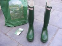 LADIES GREEN HUNTER WELLINGTON BOOTS SIZE 6 EXCELLENT CONDITION