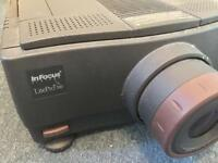 INFOCUS LITEPRO 580 LCD MULTIMEDIA PROJECTOR AND FLIGHT CASE - EXCELLENT CONDITION - £150 ONO