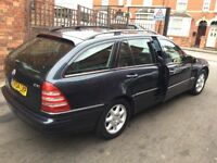 2004 Mercedes Benz C200 CDI Auto—11 months mot,leather interior,excellent runner,clean all round,cd.