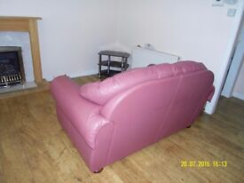 AVAILABLE NOW Fully Furnished Ground Floor Flat with Gas Central Heating Available Now