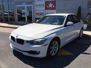 2013 BMW 3 Series 328I XDRIVE MAGS, Ultra clean !