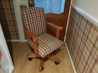 Captains chair office swivel