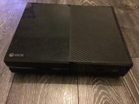 Xbox one 500gb with 1 controller 2 games