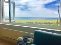 Clifftop 2 bed furnished apartment in Porth Newquay