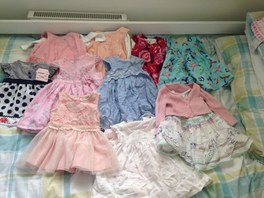 Large bundle of girls clothes