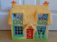 HAPPYLAND: Rose Cottage with sound