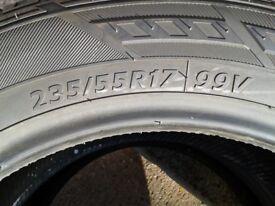 Hankook Tyres 235-55-17