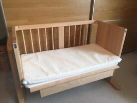 Co-Sleeper / Co-sleeping Cot / Crib / Next to Me