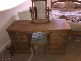 Solid wooden dressing table with mirror