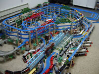 Thomas Tank Engine Trackmaster train set.