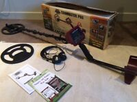 Whites Coinmaster Pro Metal Detector w/ headphones, protective cover