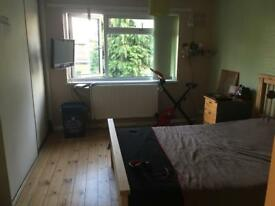 Double Room to rent, Heathrow