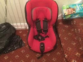 Maxi cosi baby car seat with Axis group 1