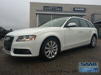 2011 Audi A4 2.0T-Panorama roof-Leather-Quattro
