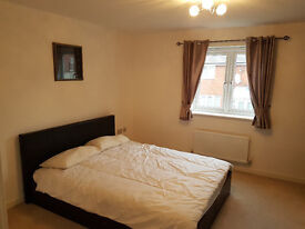 Double warm comfy room in a new town house - North Watford/Leavesden