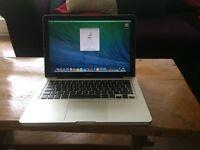 "Apple Macbook Pro 13"" 4GB RAM, 750GB HDD, New battery! good condition!"