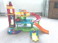 VTech Toot-Toot Drivers Garage and Drivers Racing Rampway