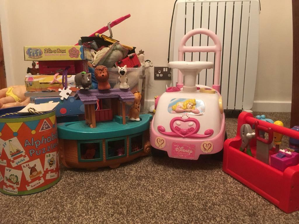 Joblot of toys car, puzzles, Noah arc,tool, dolls, abc letters and CBeebies soft toys characters
