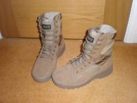 Ladies MAGNUM military boots, Brand New, UK size 4