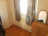 Hammersmith Double Room in Flat Share Avail Now